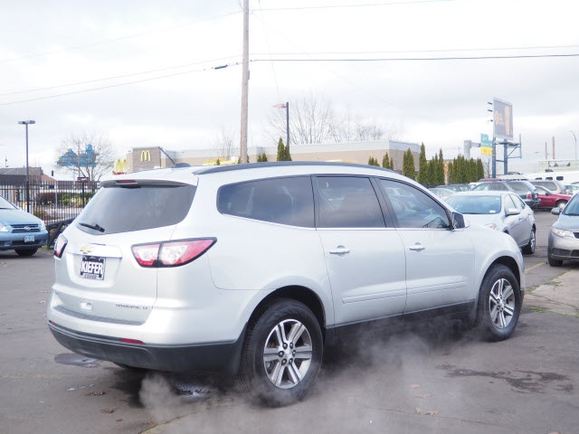 Pre-Owned 2016 Chevrolet Traverse 2LT