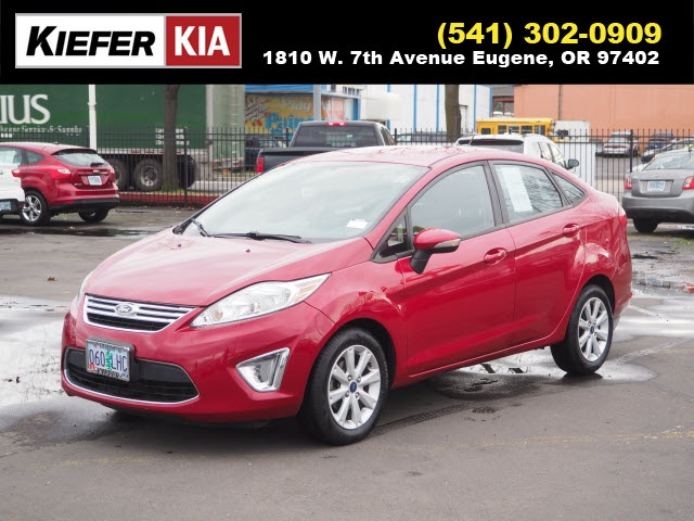 Pre-Owned 2012 Ford Fiesta SEL